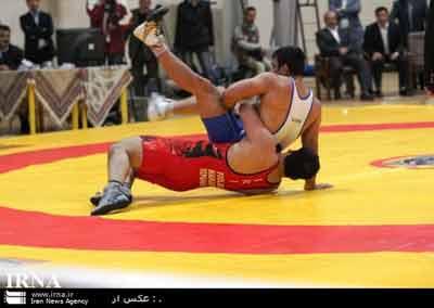 شیراز میزبان مسابقات کشتی فرنگی قهرمانی کشور شد