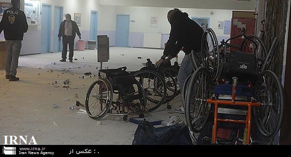 پلیس برای پایان دادن درگیری هواداران گالاتاسرای و بشیکتاش از گاز اشک آور استفاده کرد