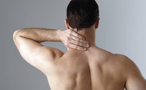 درد گردن در شناگران